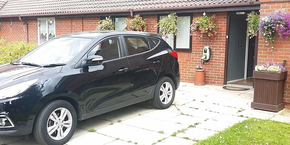 Black electric car image